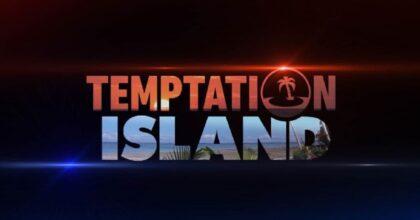 Temptation Island, Manuela bacia il tentatore Luciano e poi al falò... dà uno schiaffo a Stefano