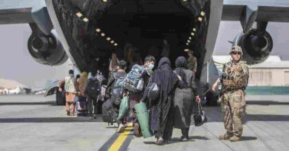 31 agosto, via dall'Afghanistan: Biden conferma il ritiro delle truppe, nessun rinvio