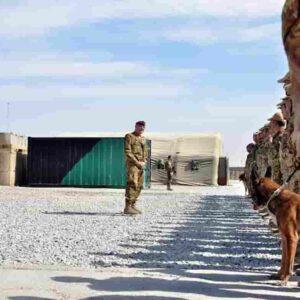 Morire per Kabul, quante mamme d'Occidente ci stanno?