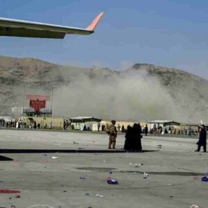 Aeroporto di Kabul, incubo nuovi attentati: gli americani temono autobombe e razzi