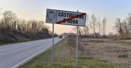 Non si vaccina, Maddalena Amiti si ammala e muore a Castiglione d'Adda, il paese dove iniziò la pandemia