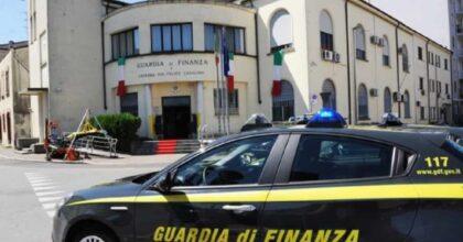 La droga in mezzo ai morti a Catania: trovati 71 kg di cocaina e hashish in un cimitero