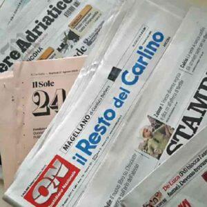 Vendite giornali quotidiani, giugno conferma la crisi: in 3 anni svanito un terzo del mercato, digitale così non basta