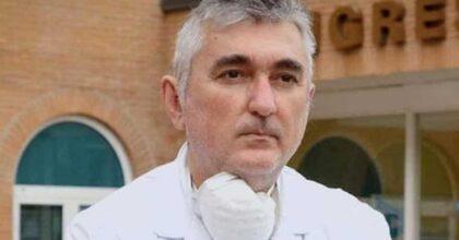 Giuseppe De Donno, in centinaia ai funerali del medico idolo dei no vax