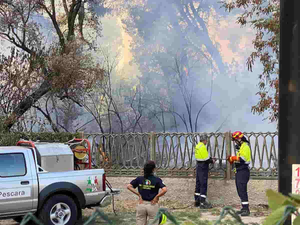 Incendi Abruzzo Sicilia