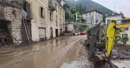Dervio (Lecco), torrente Varrone esonda e travolge campeggio: 120 persone sfollate