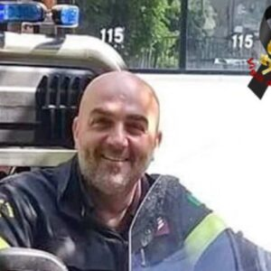 Maurizio Femina, vigile del fuoco morto a causa del Covid a Napoli: aveva 46 anni