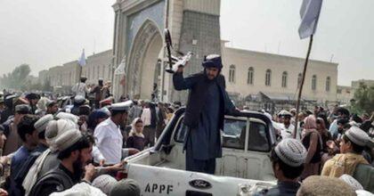Afghanistan, sharia e caccia ai collaborazionisti: amori Usa nell'Islam estremo, i precedenti in Francia e Italia