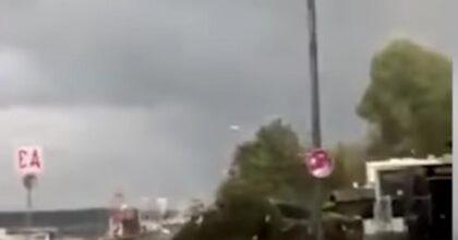 Germania, tornado si abbatte sulla città di Kiel: 7 feriti, persone sollevate e gettate in mare