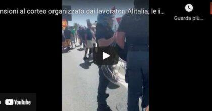 Alitalia, tensione durante il corteo organizzato dai lavoratori a Fiumicino VIDEO