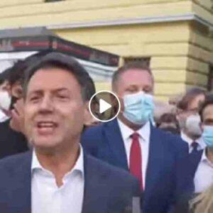 Conte gaffe, sbaglia il cognome della candidata M5s a Milano: Layla Romano anziché Pavone VIDEO