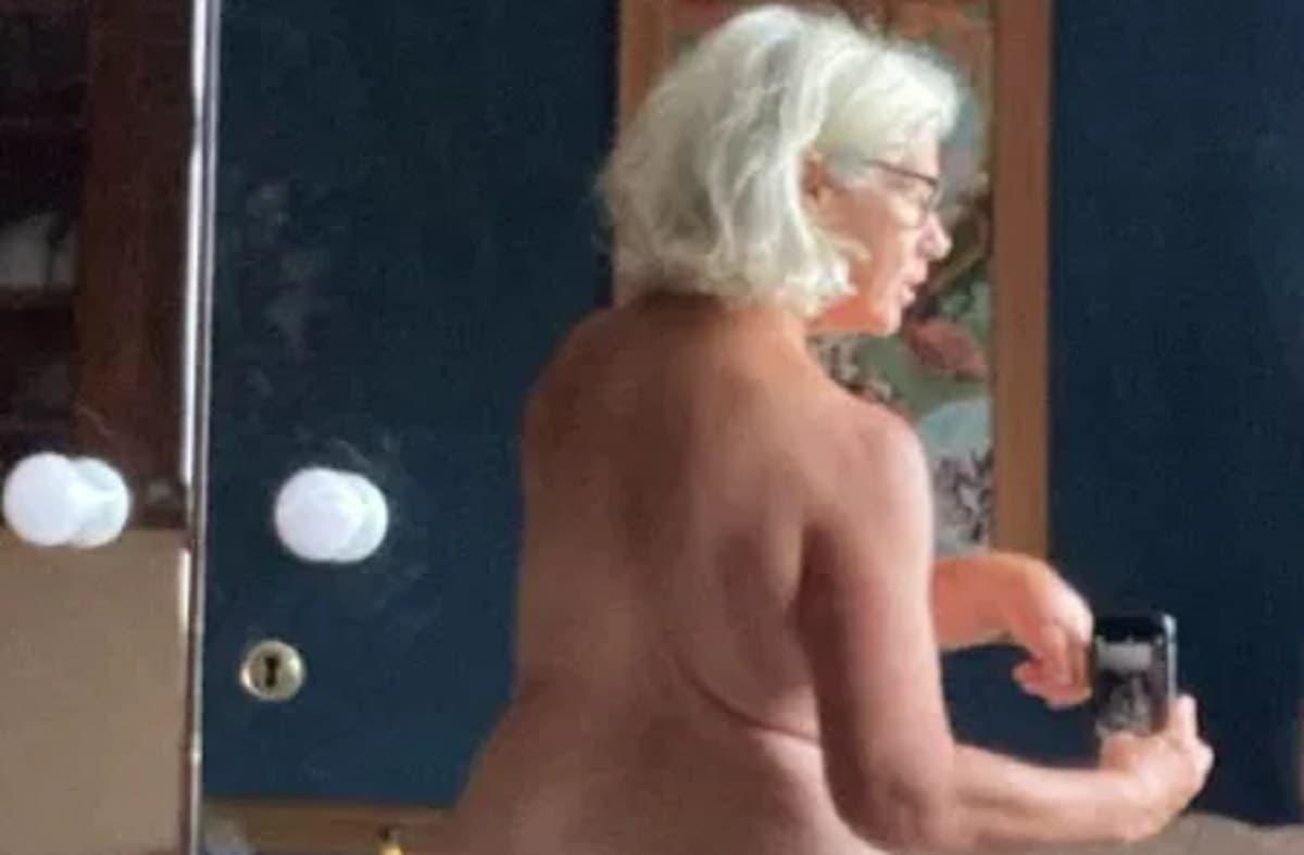 """Denise Black, l'attrice e il selfie su Instagram: """"Sono orgogliosa del mio corpo"""""""