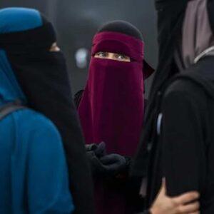 Schiaffo alle donne afghane: vietato lo sport, niente scuola dopo le elementari, e le nostre femministe tacciono