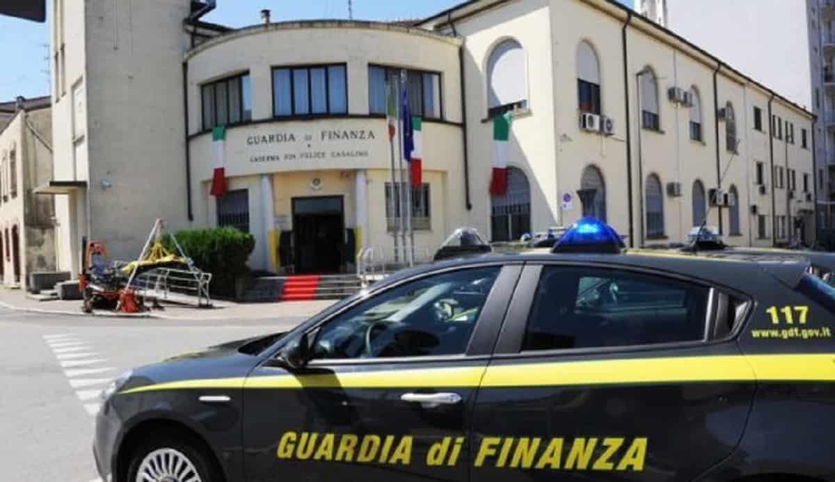Palermo, brigadiere della Guardia di finanza arrestato per abusi su sette bambini
