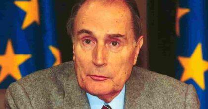 Mitterrand e le tre donne: la studentessa Claire oltre alla moglie Danielle e ad Anne Pingeot