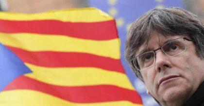 """Carles Puigdemont, il leader della Catalogna è stato scarcerato: """"Sto bene, ad Alghero sono come a casa"""""""