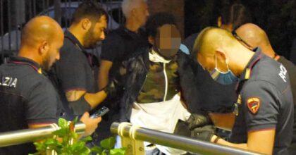 Rimini, il somalo che ha accoltellato 5 persone era libero di muoversi perché aveva chiesto asilo