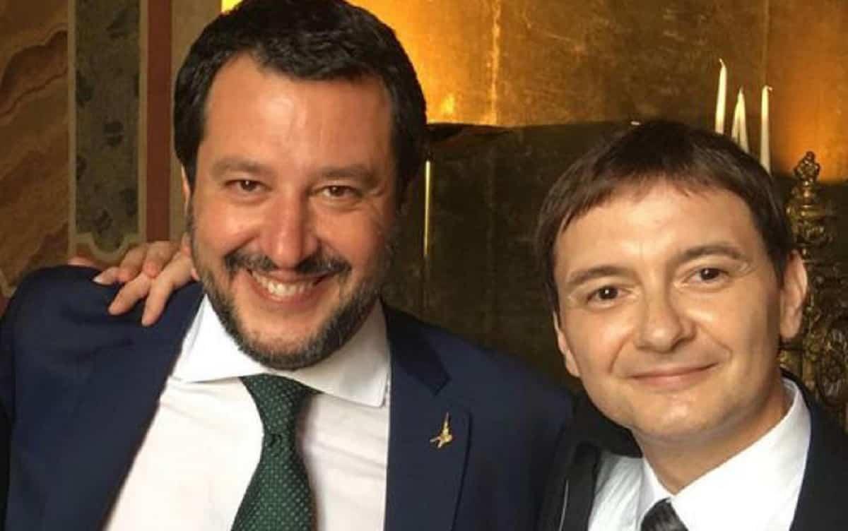 """Caso Morisi, Salvini """"disgustato dalla schifezza mediatica"""": puri solo sui social, ora addio citofonate"""
