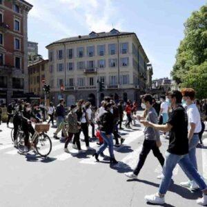 Variante Delta ancora predominante in Italia. In Sicilia, Sardegna e Calabria sale la pressione sugli ospedali
