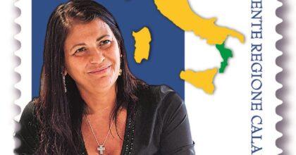 Poste Italiane, il francobollo dedicato a Jole Santelli per la serie tematica Il Senso Civico