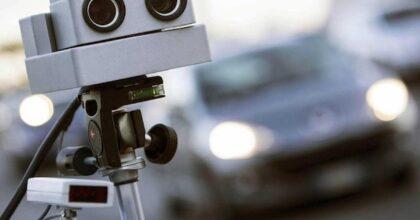 Autovelox va segnalato con scritta luminosa ben visibile o la multa è sempre annullata