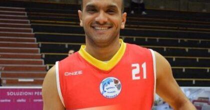 Jabeur Fathallah, giocatore di basket della Fortitudo Messina muore dopo malore in campo