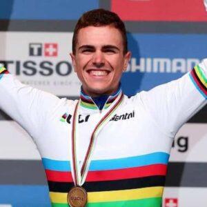 Veneto Classic, trionfa il giovane Battistella, era l'ultima corsa della stagione 2021: sfortunato Trentin