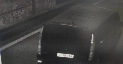 Bimbo rapito a Padova: trovato il furgone nero usato per la fuga, abbandonato in periferia
