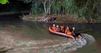 Gita scolastica, 11 ragazzini annegati nel fiume in Indonesia: sono stati travolti dalla corrente