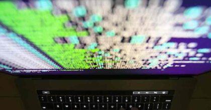 """Attacco hacker alla Siae, le richieste di riscatto via sms a Samuele Bersani, Al Bano e altri: """"Dacci 10mila euro"""""""