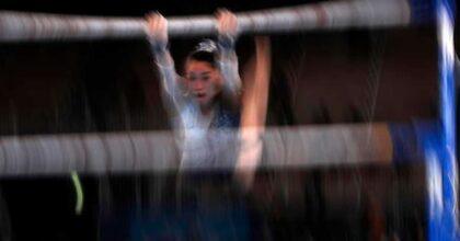 Hitomi Hatakeda, ginnasta giapponese, cade in allenamento e si rompe la spina dorsale: rischia la paralisi