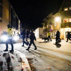 Norvegia, attacca a caso i passanti con arco e frecce e fa una strage: almeno 5 morti