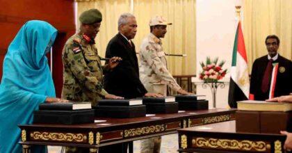 Colpo di Stato in Sudan: esercito arresta premier e ministri e blocca internet e telecomunicazioni