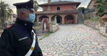 Roma, confiscate tre villette con terreni ai Casamonica: andranno ai Carabinieri